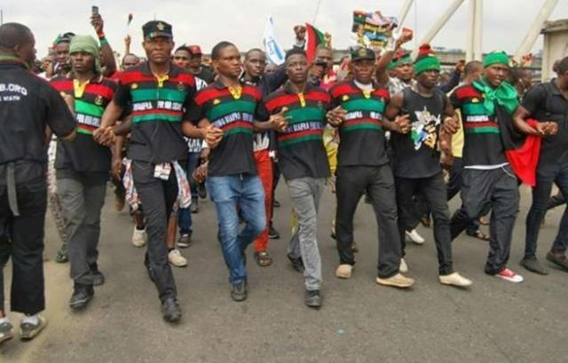 Biafra: IPOB members attacking us with catapults, stones – Police
