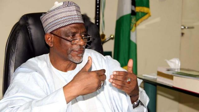 FG reverses resumption of schools, stops fed govt students from 2020 WASSCE